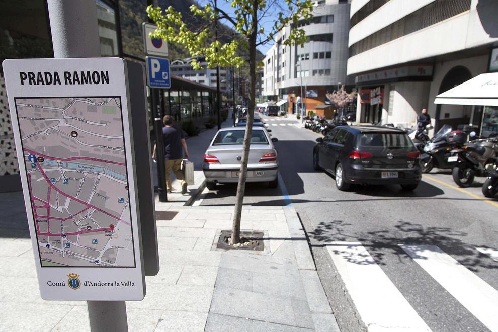LOCAL MOLT CÈNTRIC A PRADA RAMÓN